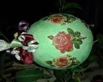 Пасхальное яйцо зелёное