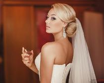 Как сделать эффектную свадебную прическу с фатой своими руками: советы и фото