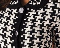 В стиле Коко: учимся вязать спицами узор «гусиная лапка» ленивым жаккардом