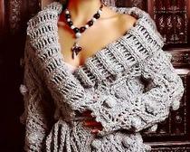 Изысканный осенний кардиган с ромбами