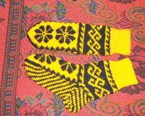 Вязание спицами: Носки с рисунком