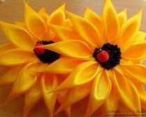 Цветок подсолнуха в технике Канзаши