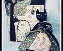 Уютный дом-сумка для игрушечной кошечки