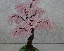 Как сплести своими руками дерево сакуру из бисера, фото