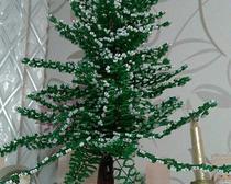 Новогоднее дерево: елка из бисера