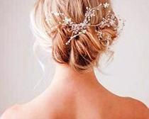 Нежная свадебная прическа своими руками