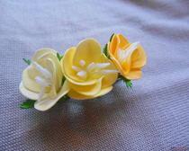 Заколки своими руками с цветами из фоамирана