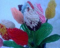 Букет тюльпанов в технике бисероплетение