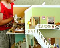 Игровой домик из картонной коробки