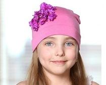 Трикотажная детская шапка для девочки