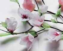 Магнолия: искусственные цветы из гофрированной бумаги