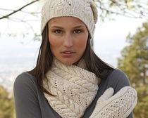 Изящный комплект: шарф и варежки