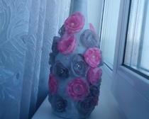 Цветочный декор бутылки