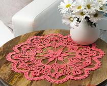 Вязание крючком ажурных салфеток: розовые цветы