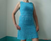 Бирюзовое платье, связанное крючком