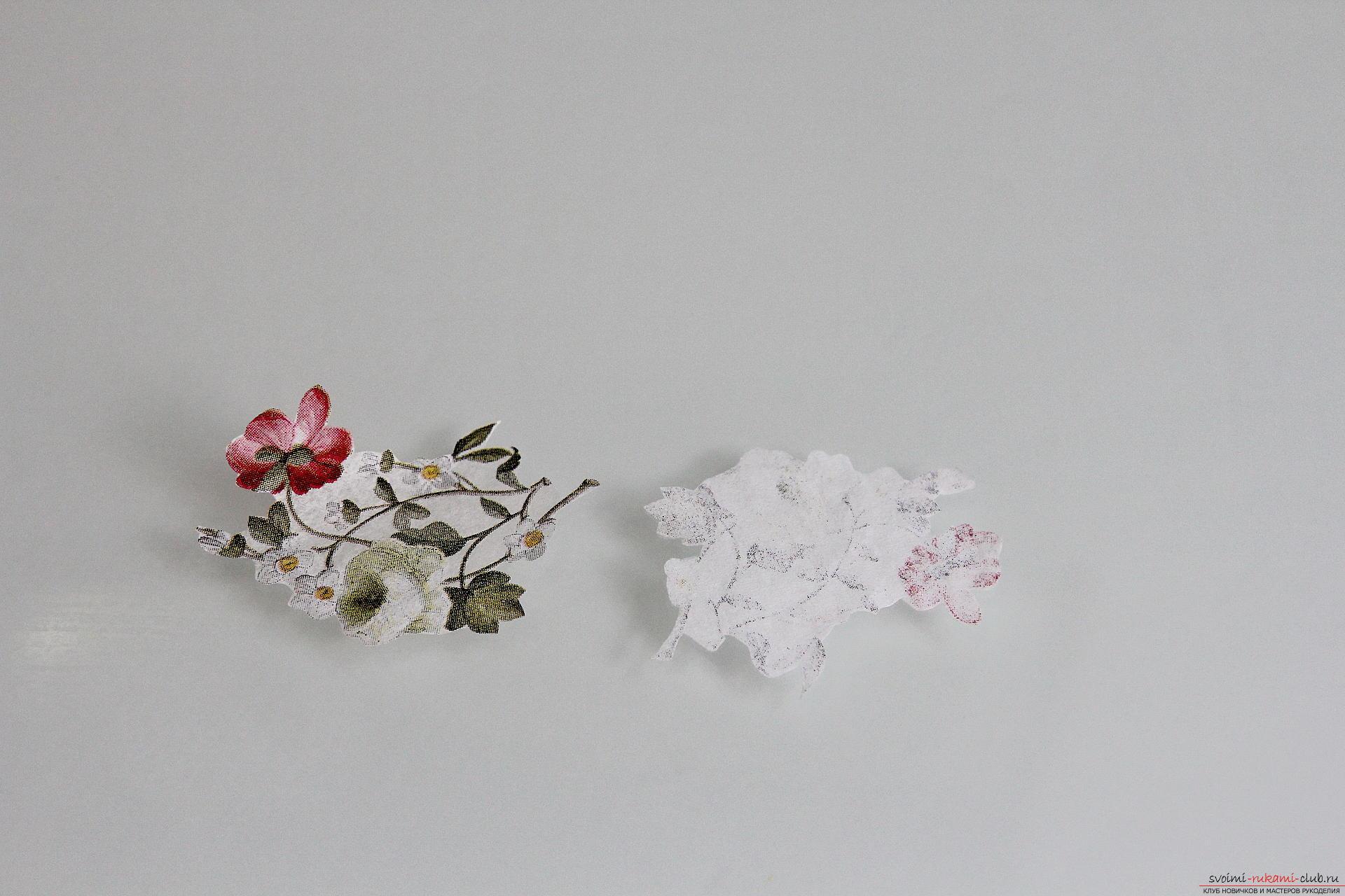 Мастер-класс описывает как декорируется разделочная доска своими руками с использованием техники декупаж.. Фото №6