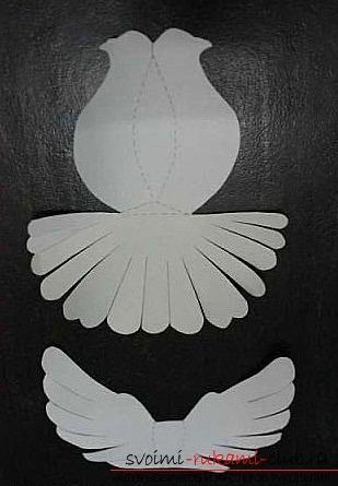 Белые голуби из бумаги. Фото №3