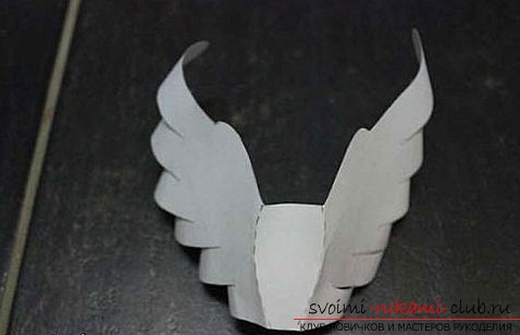 Белые голуби из бумаги. Фото №13