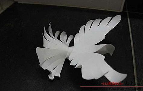 Белые голуби из бумаги. Фото №15