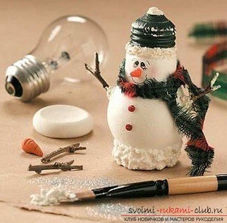 Учимся создавать оригинальные поделки к Новому году 2016, снеговик и снежная композиция своими руками с фото и описанием