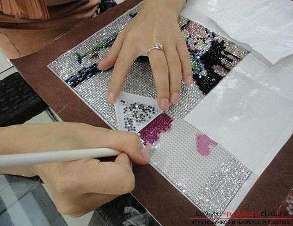Интересные мастер-классы алмазной вышивки стразами. Фото №5