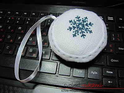 Схемы вышивки крестом декоративных подушек бесплатно. Фото №7