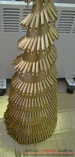 Новогодняя елка своими руками, новогодняя елка из ткани, как сделать новогоднюю елочку своими руками, елка из конфет, мастер-классы по изготовлению елок.. Фото №27