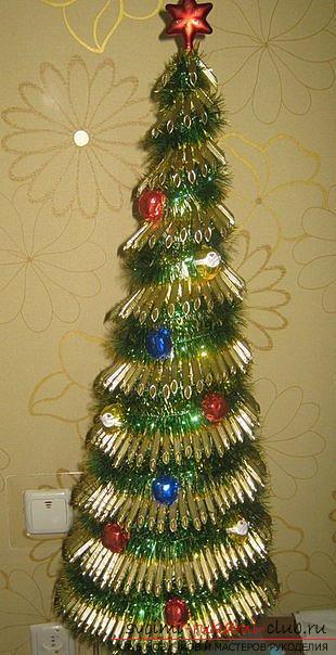 Новогодняя елка своими руками, новогодняя елка из ткани, как сделать новогоднюю елочку своими руками, елка из конфет, мастер-классы по изготовлению елок.. Фото №23