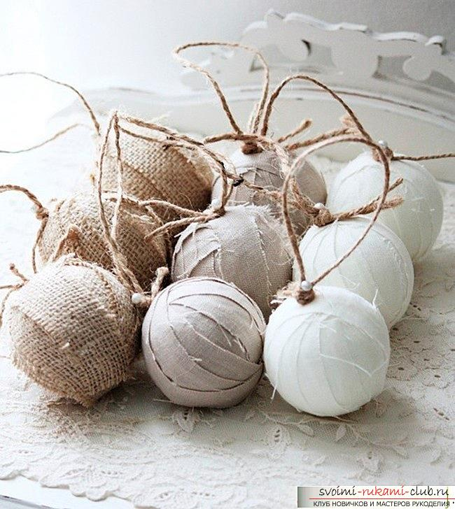 Как сделать елочные игрушки: шары, снежинки и многое другое своими руками, мастер классы по созданию новогодних елочных игрушек с пошаговыми фото и описанием. Фото №2
