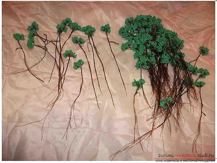Как сделать дерево бонсай из бисера своими руками, несколько мастер классов создания бонсай в разных цветовых решениях, пошаговые фото и описание. Фото №7