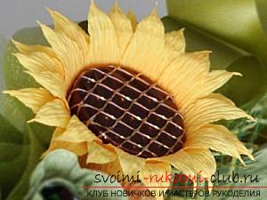 Как сделать букет полевых цветов в свит дизайне, пошаговые фото создания мака, ромашки, цветка подсолнечника, василька и крокуса. Фото №26