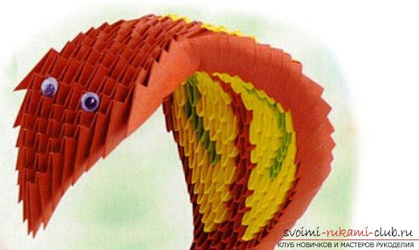 Как создать поделку в технике модульного оригами - змейка, пошаговые фото и подробное описание процесса создания модуля и поделки в целом. Фото №10
