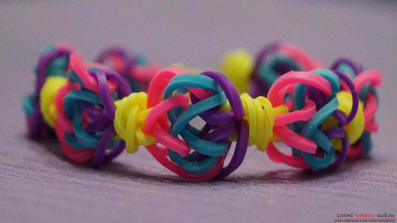 Учимся плести яркие фенечки и браслеты из резиночек своими руками. Фото №3