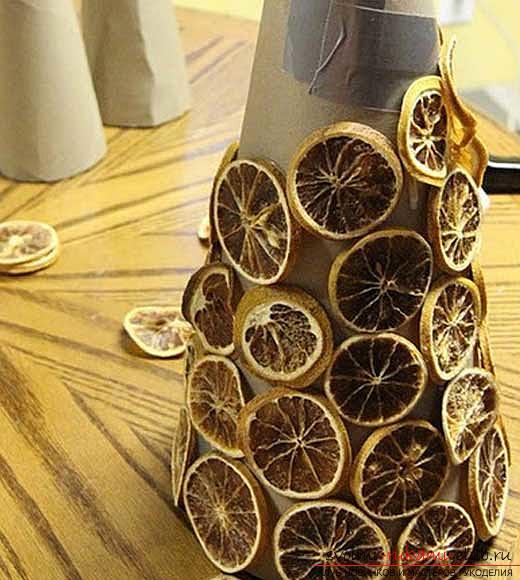 Новогодний дом своими руками, новогодние украшения своими руками, идеи различных украшений на Новый год своими руками, советы, инструкции, а также пошаговые фото с описанием.. Фото №8