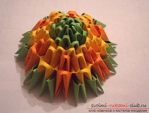 Как сделать сувенир с пасхальной тематикой в технике модульного оригами, пошаговые фото и описание создания пасхального яйца. Фото №8