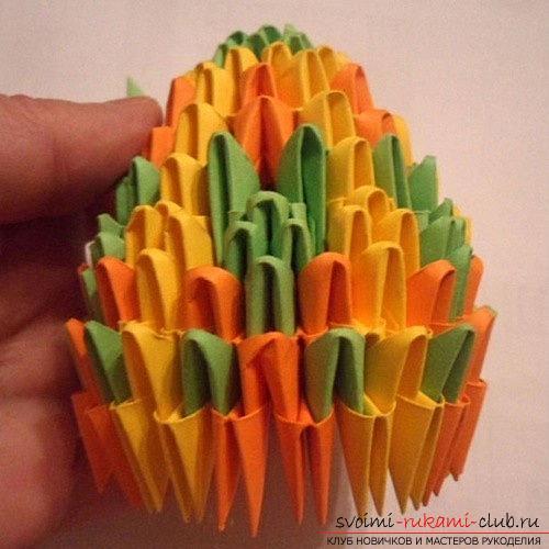 Как сделать сувенир с пасхальной тематикой в технике модульного оригами, пошаговые фото и описание создания пасхального яйца. Фото №19