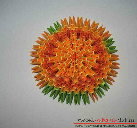 Как сделать сувенир с пасхальной тематикой в технике модульного оригами, пошаговые фото и описание создания пасхального яйца. Фото №41
