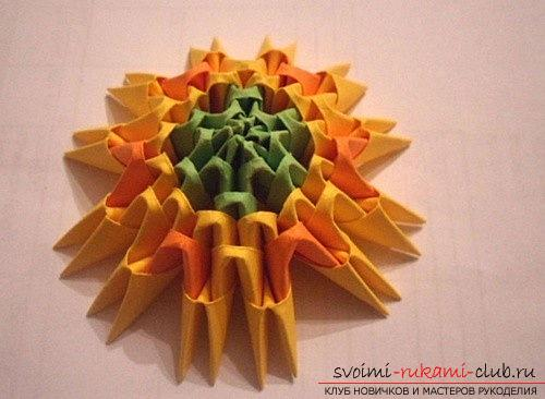 Как сделать сувенир с пасхальной тематикой в технике модульного оригами, пошаговые фото и описание создания пасхального яйца. Фото №7