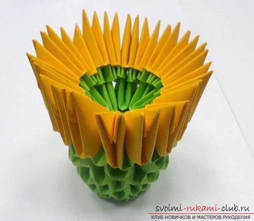 Как сделать сувенир с пасхальной тематикой в технике модульного оригами, пошаговые фото и описание создания пасхального яйца. Фото №28