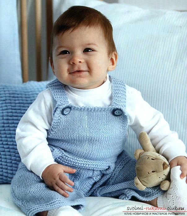 Вязание спицами для новорожденных, советы и хитрости по вязанию одежды для маленьких детей, шапочка для новорожденных своими руками, как связать пинетки для новорожденных, уроки вязания спицами с описанием, рекомендации и мастер-классы.. Фото №14