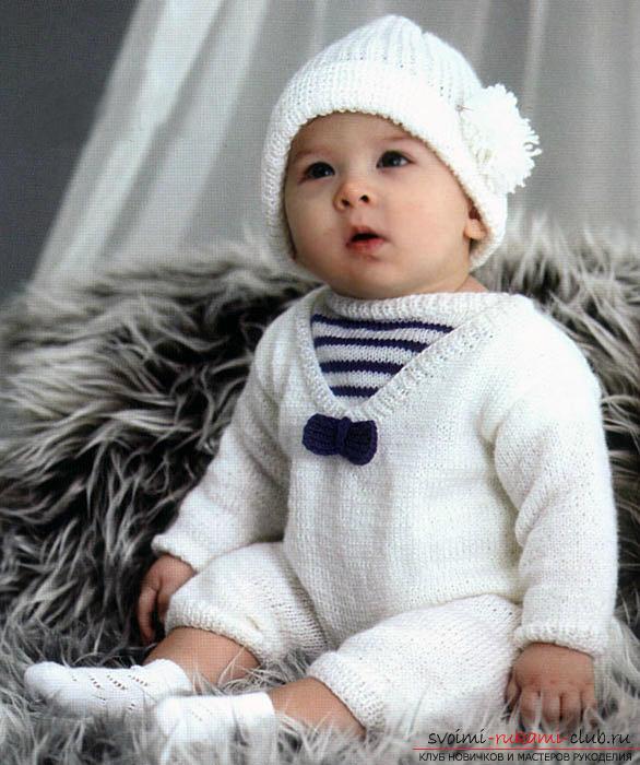Вязание спицами для новорожденных, советы и хитрости по вязанию одежды для маленьких детей, шапочка для новорожденных своими руками, как связать пинетки для новорожденных, уроки вязания спицами с описанием, рекомендации и мастер-классы.. Фото №17