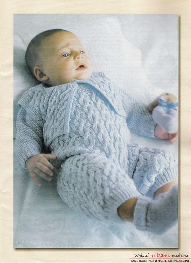 Вязание спицами для новорожденных, советы и хитрости по вязанию одежды для маленьких детей, шапочка для новорожденных своими руками, как связать пинетки для новорожденных, уроки вязания спицами с описанием, рекомендации и мастер-классы.. Фото №6