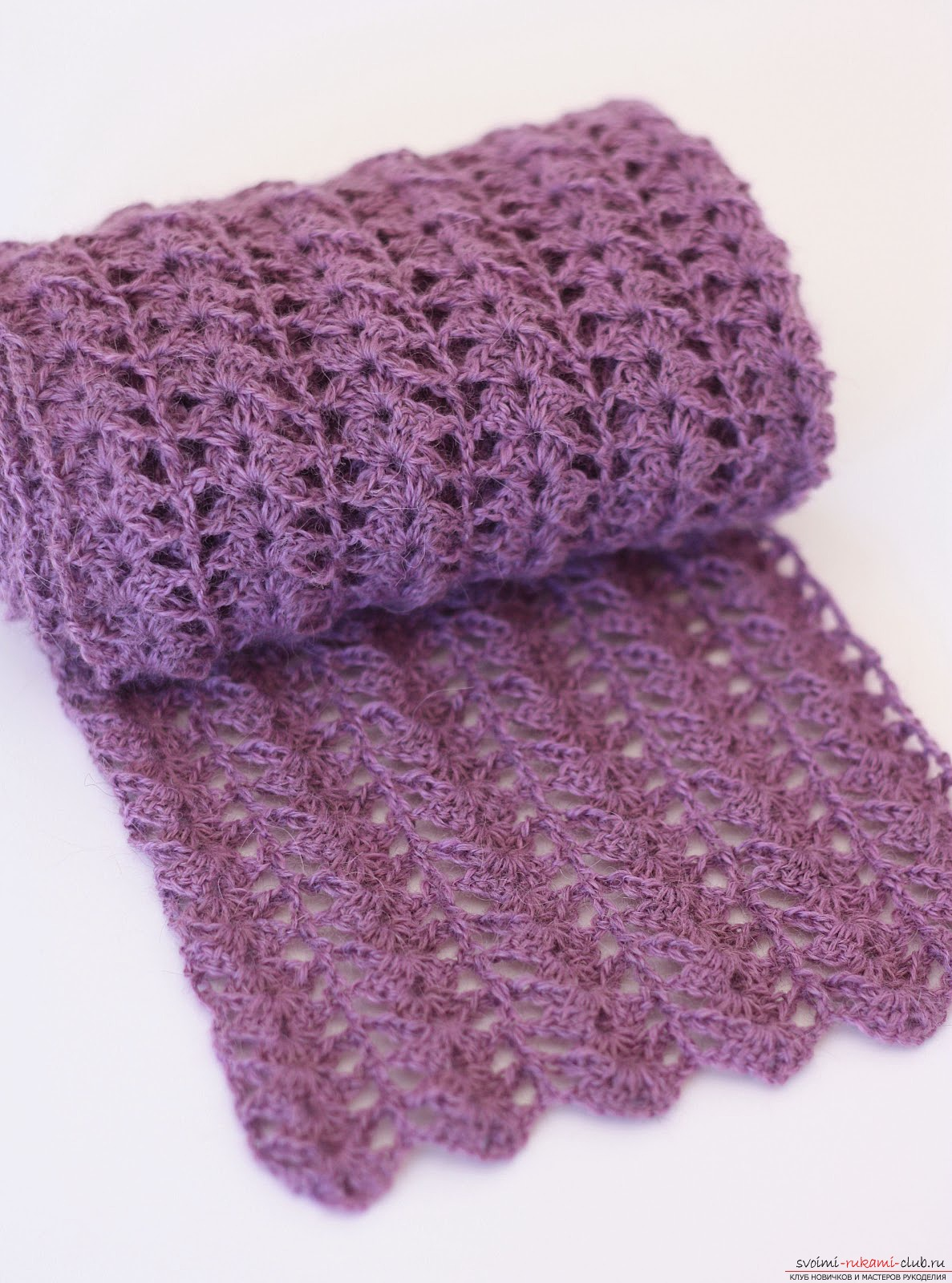 Красивый шарф, связанный крючком. Фото №5