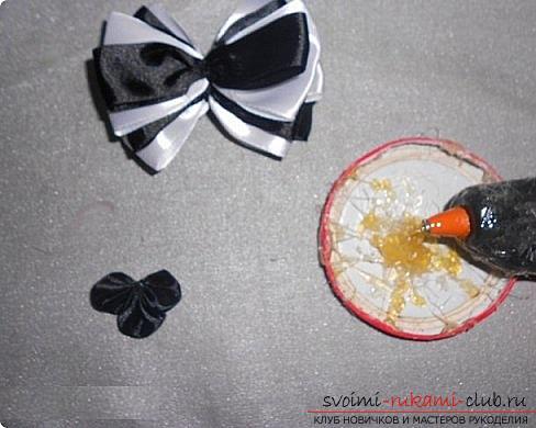 Как сделать галстуки-жабо и галстук-бабочку в технике канзаши, подробные мастер классы с пошаговыми фото и описанием процесса.. Фото №13