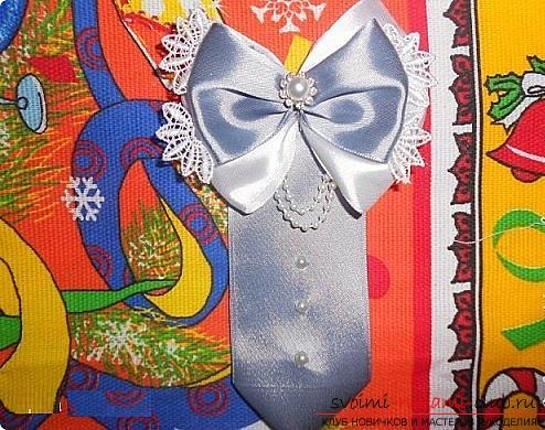 Как сделать галстуки-жабо и галстук-бабочку в технике канзаши, подробные мастер классы с пошаговыми фото и описанием процесса.. Фото №20