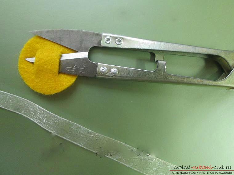 Как сделать бантики канзаши своими руками, подробные мастер классы с пошаговыми фото. Фото №39