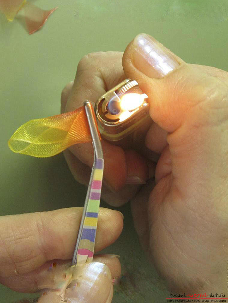 Как сделать бантики канзаши своими руками, подробные мастер классы с пошаговыми фото. Фото №25