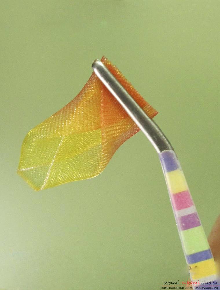 Как сделать бантики канзаши своими руками, подробные мастер классы с пошаговыми фото. Фото №24