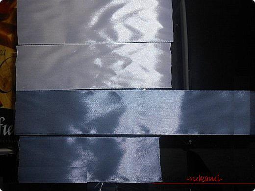 Как сделать галстуки-жабо и галстук-бабочку в технике канзаши, подробные мастер классы с пошаговыми фото и описанием процесса.. Фото №22