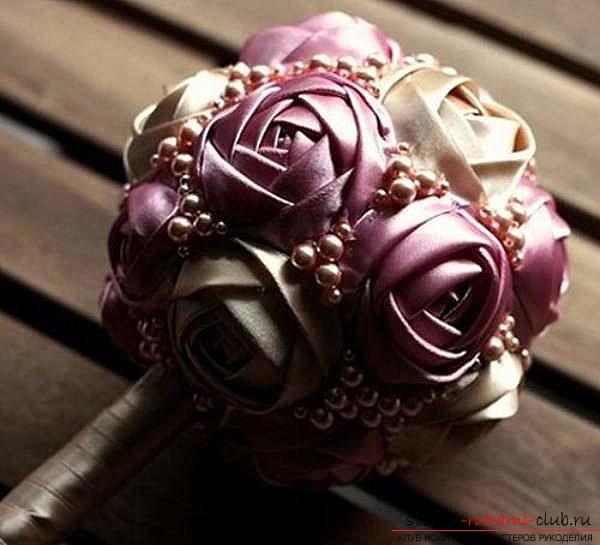 Цветок своими руками из атласа